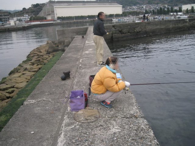 両親二人並んで違う釣り