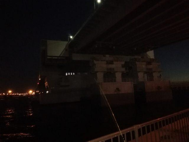 本日の釣り座『舞洲の夢舞大橋下』