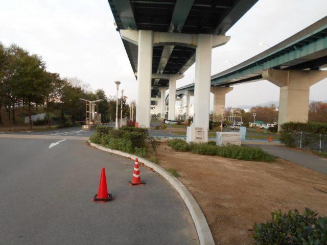 総合公園北駐車場前の様子