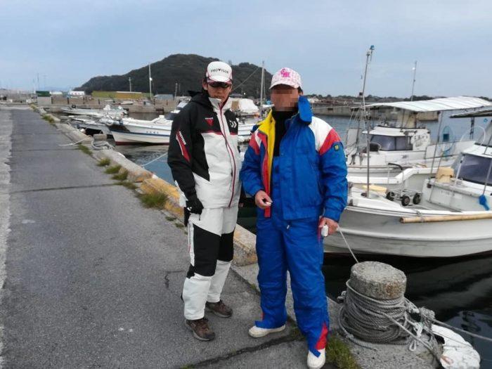 出船前のガチろっくん(左)と親父殿(右)