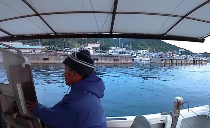 由良漁港出船は5時半
