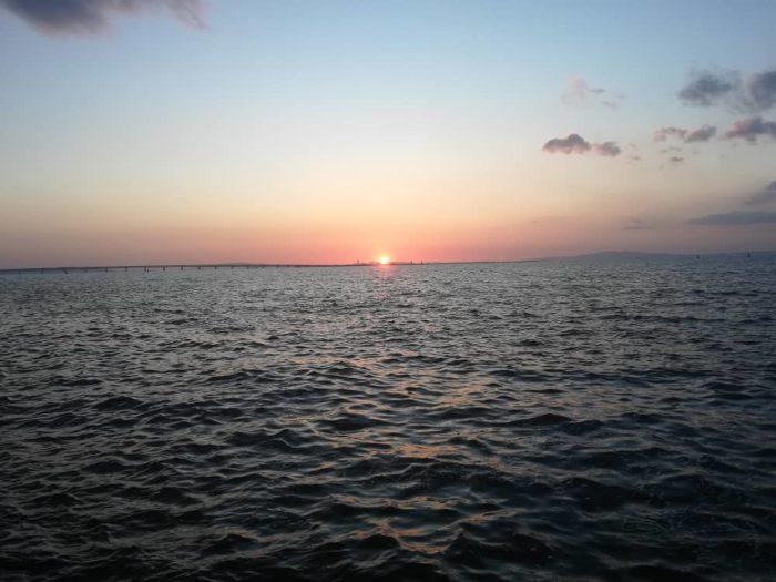 はや夕日が沈みゆく時間帯