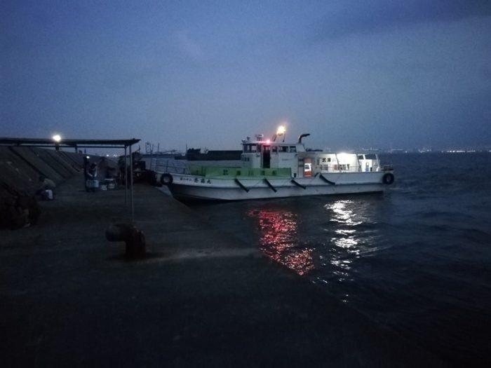 武庫川渡船の一番船は5時