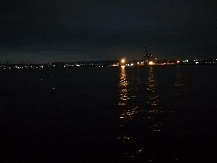 本日の釣り座は水軒字の一文字湾内向き