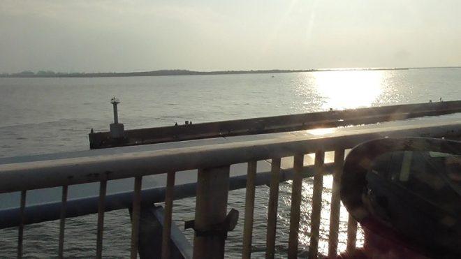 かもめ大橋から見下ろす釣り場
