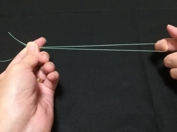 端糸を折り返す