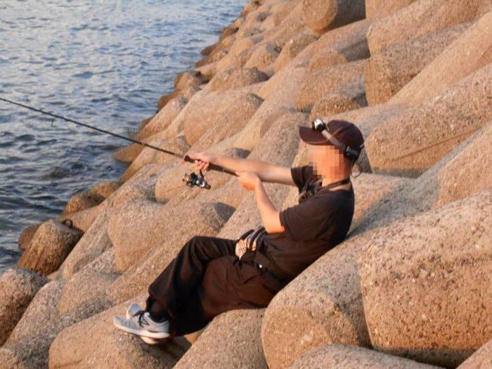 太刀魚の接岸を待つ夕マズメ